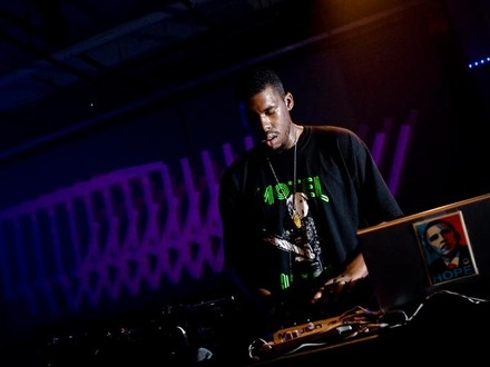 Flying Lotus at (2008-05-31) MUTEK//PIKNIC 1: MY LIFE IN THE BUSH OF DUB