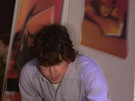 Jacob Fairley at (2002-04-28) Avant_Mutek Toronto