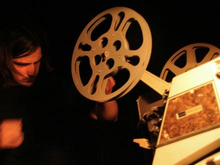 Karl Lemieux at (2009-05-28) PLAY 2: intensité électrique, échanges bruitistes et liberté totale