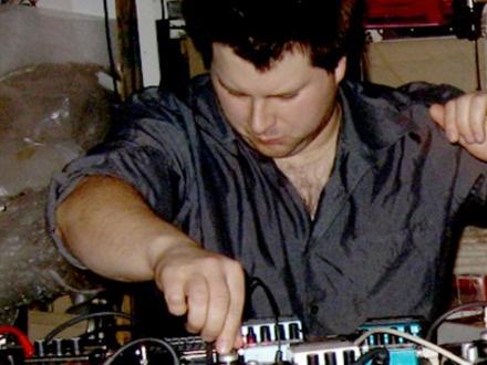 David Lafrance at (2009-05-29) PLAY 3: Post-pop, amusing and corroded