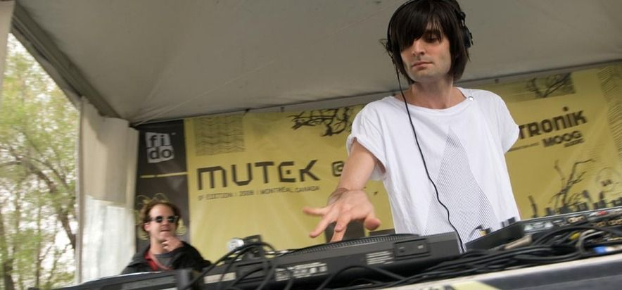 Onur Özer at (2008-06-01) MUTEK//PIKNIC 2: PULSE FICTION