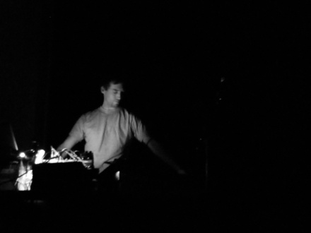 Vincent Lemieux at (2003-06-15) MUTEK @ Sonar