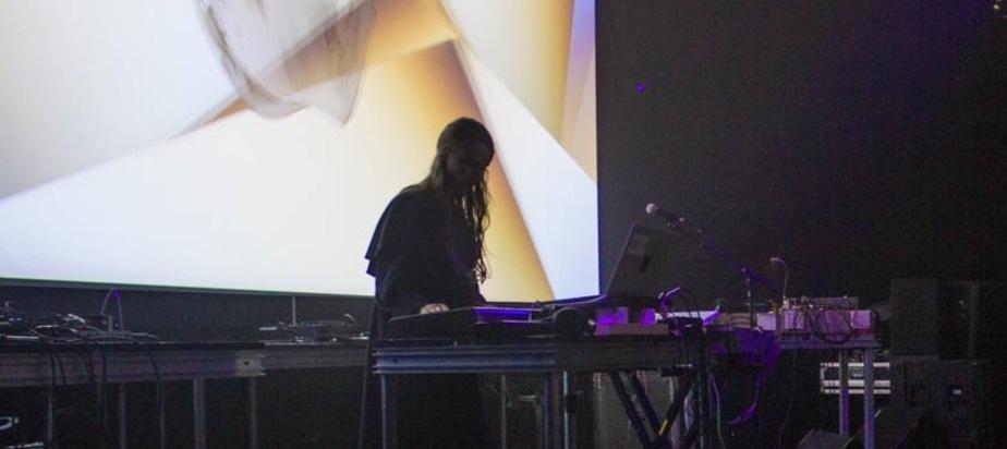MUTEKLIVE086 - Kara-Lis Coverdale @ MUTEK 2015
