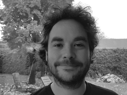 Emric Epstein - VYV at (2016-11-09) CUSTOM KITS: INVENTION AND EVOLUTION IN MONTRÉAL'S VIDEO SCENOGRAPHY SCENE
