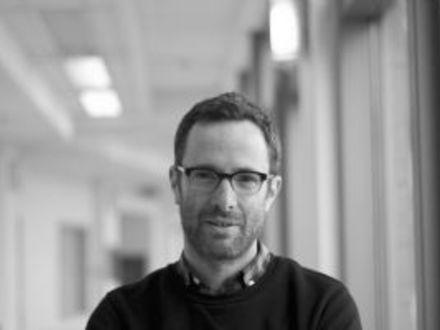 Simon Drouin  - NeuroImaging and Surgical Technologies (NIST) Lab at (2016-11-11) VR SALON