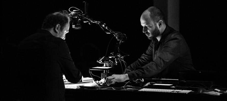 Alexandre Burton & Julien Roy (artificiel)
