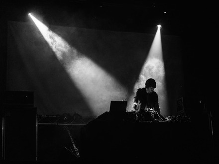 Rafael Anton Irisarri at (2019-03-07) Ambient