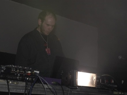 Kevin Drumm at (2003-06-01) EXPÉRIENCE 2